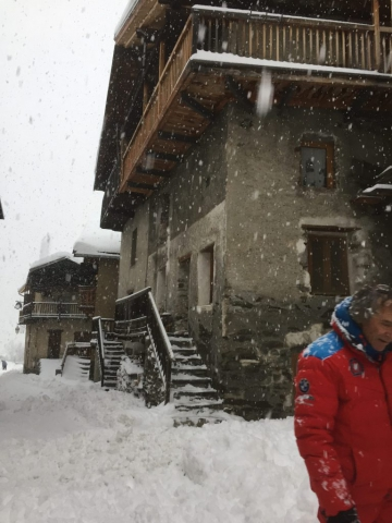 Snow in Savoie at Chalet la Source